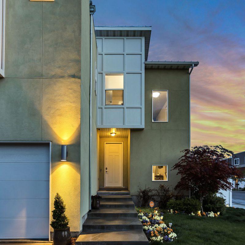 single family homes tile image 1